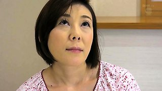 Luscious Japanese mom with tiny tits enjoys a young cock
