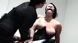 Two British mature chubby lesbians enjoy hard fucking in