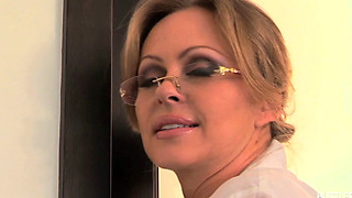 Cheating housewife MELLANIE MONROE fucked outdoors