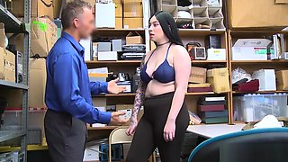 Amilia Onyx In Hidden Goods in Her Tights Ass