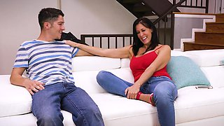 Mature enjoys young inches in her throat big time