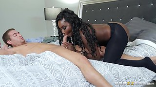 Osa Lovely & Xander Corvus in The Stepmom of Your Dreams - BRAZZERS