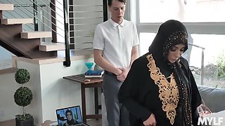 Rion King And Kylie Kingston - This Arab Woman Was Embarrassed, But Still Sucked A Fat Cock