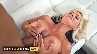 Mommy Got Boobs - Alena Croft Ricky Johnson - Mommys Busy