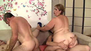 Wild BBW Orgy with Four Plumper Sluts