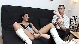 Autsch!! Der Dildo Deal mit Leyla