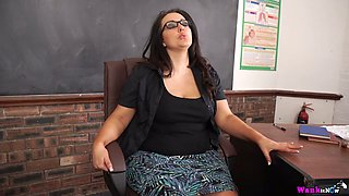 Sex-starved BBW teacher Anna Lynn is playing with suction cup dildo