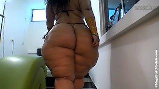 Big booty anal 2