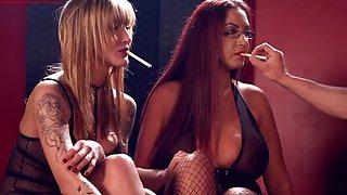 Horny bbw smoker emma butt