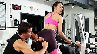 Rachel Starr  Ramon Nomar in Gym And Pussy Juice - SneakySex