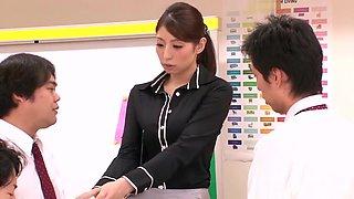 Godlike busty oriental mom Hina Akiyoshi is making dude cum