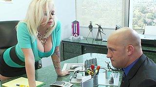 Reality Junkies present Angel Vain in action