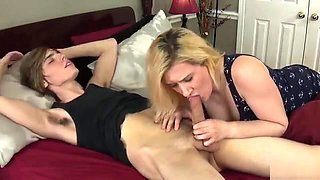 Step Brother cant sleep Blowjob