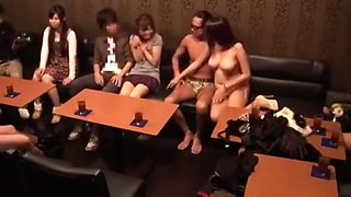 Japanese amateur couple enters swing club for the first time (Full name please)