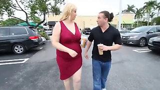 Sexy BBW Milf with Big TIts