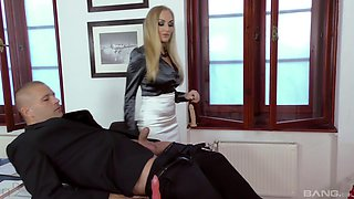 Dolly Diore, Kittina Ivory and Kayla Green attack a guy for a foursome