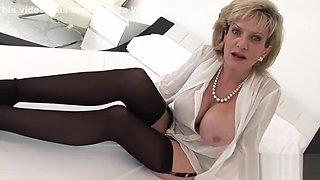 Unfaithful english mature lady sonia reveals her monster knockers