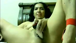 Mexican Amateur Woman Masturbating on WebCam