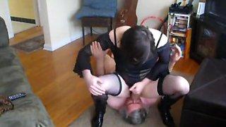21 year old crossdresser obeying daddy