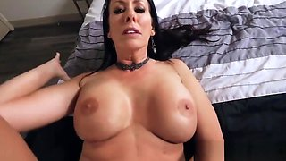 Step mom wakes up son to tell him about her kinky idea - family taboo
