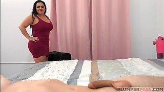 Big Booty MILF Betty Bang Fucks Co Worker Sharing Hotel Room - RealMilfDat