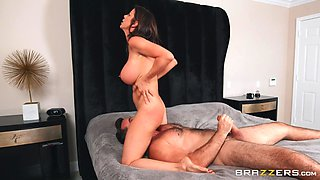 Hot wife gets pussy demolished by hubby's best friend