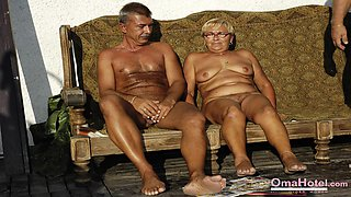 Mature pictures and photos with naked well aged ladies in slideshow