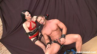 Dominant and horny Nina wants to please her submissive friend