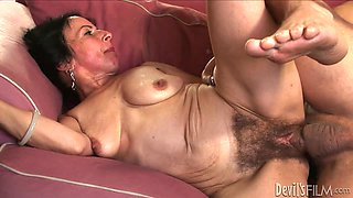 Hairy Pussy 142