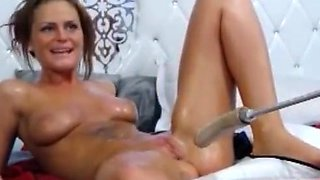 Skinny girl wet body play with fucking machine