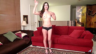 Slender housewife Leah Harris shows off her stretched pussy closeup