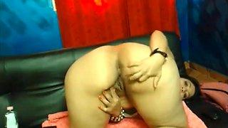 naked MILF - big ass aunty Latina 1