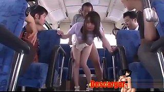 Teen Japonesa Es Follada En El Bus Camino A Casa