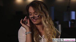 Babes - Office Obsession - Natalia Starr, Bra