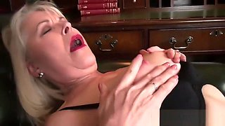 Smoking Mother Margaret Holt Gets nailed Sweet Hot Dad's Friends