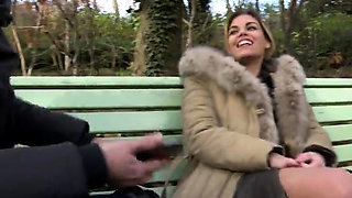 French amateur threesome with facial