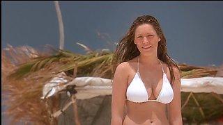 Kelly Brook - Survival Island (2005)