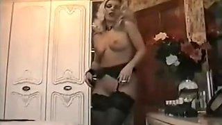 beautiful retro erotic smoking slut masturbates in nylons