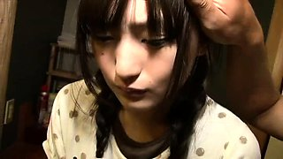 Petite Japanese teen gets her peach vibrated and drilled