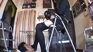 Sweet Japanese domina enjoys her slave