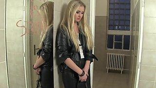 Glamour slut Jordan Verwest moans while getting pleasured by a slut