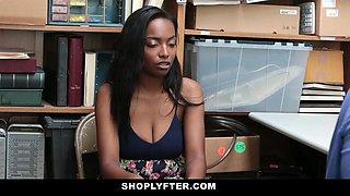 Daya Knight in Case No.1986744 - Shoplyfter