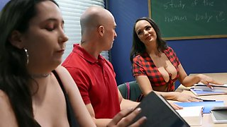 Zac Wild bails on studying and fucks young and hot Sofi Ryan