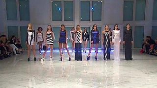 Fashion Full Nude Show