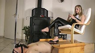 Flats dangling, shoeplay cock crush