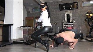 mistress gaia toilet