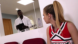 Teen cheerleader sucks and rides black doctor
