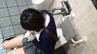 Asian teen rubbing clit