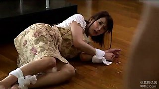 Japanese housewife get forced by neighbour (full: shortina.com528h)
