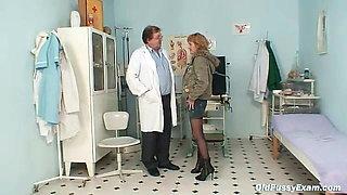 Skinny MILF gyno clinic exam by kinky doctor